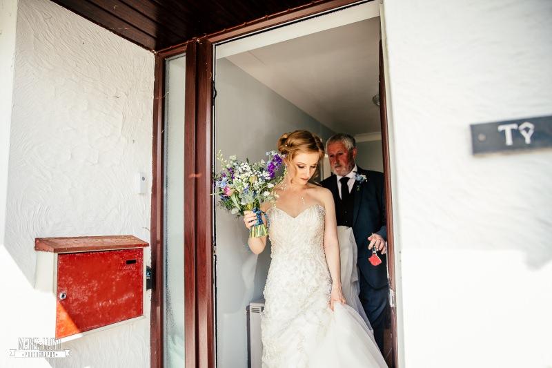 bride outside house